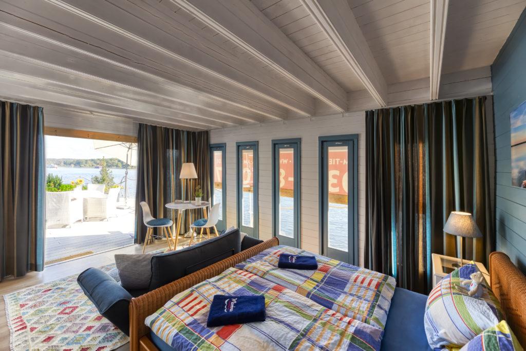 Gästezimmer - Gästefloß - Übernachten auf dem Wasser in Potsdam
